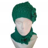 Green Patterned Collar Scarf and Hat